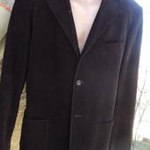 Фірмовий стильний пиджак вильветовий  бренд Sisley 52