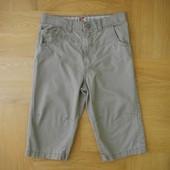134-140 как новые фирменные шорты бриджи хлопок. Длина 54 см, пояс с утяжками максимум 33 см, бедра