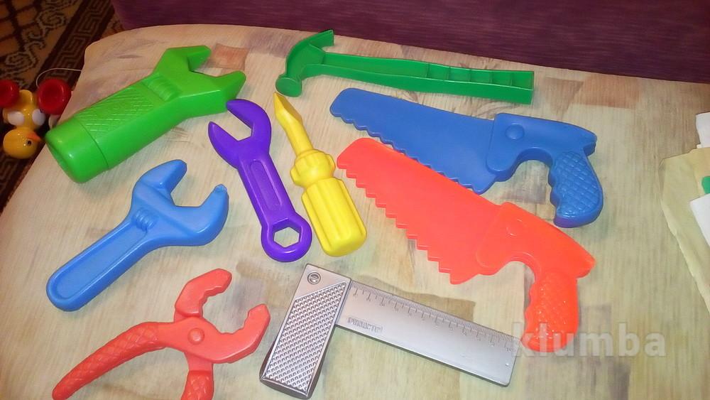 Инструменты молоток пила отвертка фото №1