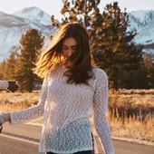 Тонкий свитерок с эффектом попкорн Aeropostale р. S