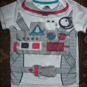 Фирменная хлопчатобумажная футболка мальчику 4-5 лет