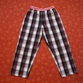 Хлопковые штаны на  7-8 лет, б/у. Очень хорошее состояние, без нюансов. Длина 77 см, шаговый 57 см,