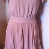 Очень нежное платье цвета пудры