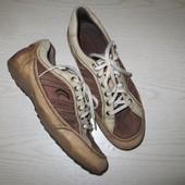 кросовки дихаючі  Geox(Індонезія) 39р( стєлька 24,5см)
