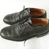 Полностью кожаные туфли Bekeros Италия 41р