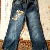 джинси дівчинці 7-8років.