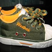 оч.крутые кроссовки Reebok 19.5/20 размер Англ 4 стелька 13 см в отличном состоянии как но