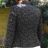 H&M. Чёрный пиджак в чёрную розу. Очарование и совершенство!