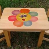 Яскравий дитячий комплекть (стол стул столик стілець). Матеріал - Вільха
