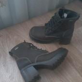 Крутые ботинки Skechers кожа р.36,5(23.5см)
