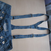Продам на девочку-подростка джинсы с подтяжками р.146