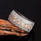 Шикарные серебренные кольца (925 проба ), размер и цвет на выбор. Наличие в объявлении читайте ))