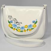 Небольшая женская сумочка Monika с цветами
