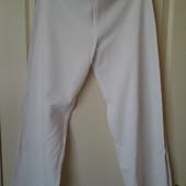 Белые спортивные штаны 50-52р