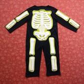 Продаю!!!  3-4 года. Карнавальный костюм Скелет Хеллоуин (Halloween), б/у. Хорошее состояние, без пя