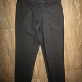 женские брюки р-р 38 сост новых