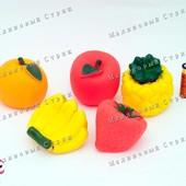 """Яркие пищалки """"Фрукты"""", для купания для ванной, апельсин, клубничка, банан, яблоко, ананас"""