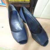 туфли кожа 36 розмер ,23,5 см стелька