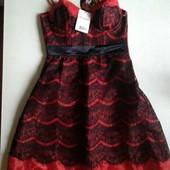 Яркое новогоднее фирменное платье красное в кружева Jennyfer S Новое