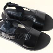 Мужские сандалии кожаные черные  под питона