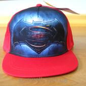 Стильная бейсболка для мальчика с прямым козырьком Batman VS Superman р.56-58