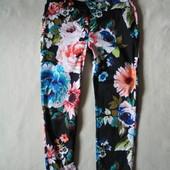 Модные укороченные брюки цветочный принт H&M