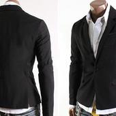 Стильный приталенный пиджак на одной пуговице черный