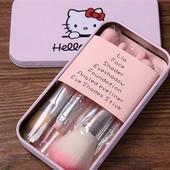 Набор кистей для макияжа Hello Kitty в металлической коробке , кисти для макияжа 7шт.