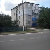 Продам свою 3-х квартиру в п. г. т. Володарка Киевская обл.