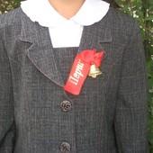 Школьный костюм для девочки 2-4 класс