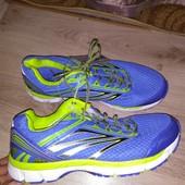 легкие кроссовки 43 р