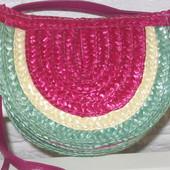 Яркая стильная сумочка для маленькой модницы