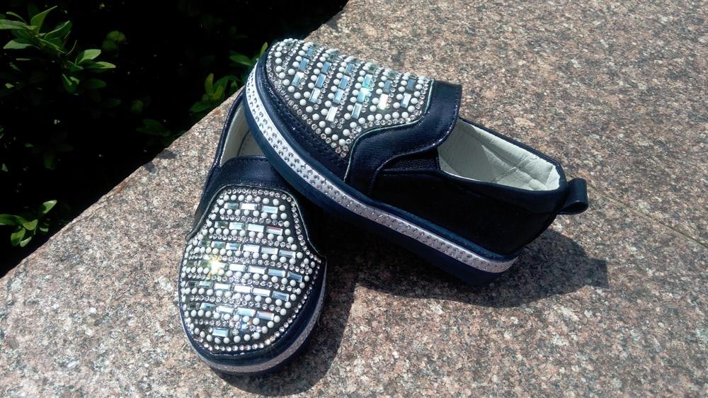 Слипоны мокасины туфли для девочки с камнями р-р 24-14 см см по 27-15,5 см  синие фото №1