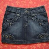 Женская джинсовая юбка размер 29 (М), б/у. Хорошее состояние, без пятен. Длина 33 см, ПО талии 37 см