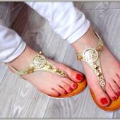 Шикарные сандалии в стиле Michael Kors