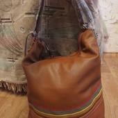 Сумка женская кож зам вышиванка 2 отдела, 4 кармана, новая