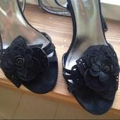 Черные замшевые босоножки Basconi