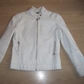 Красивая натуральная кожаная куртка размер S
