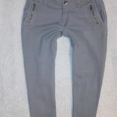 Зауженные укороченые джинсы Xs