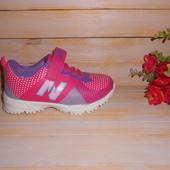 Кроссовки для принцесс р27,30,31 яркие, удобные и очень легкие!