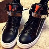 Ботиночки-сникерсы