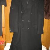 Шерстяное пальто,р.56-58 на крупного,высого мужчину.Англия.