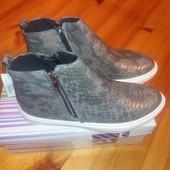 Срочно новые кеды ботинки слипоны сникерсы из Centro 2 пары разных цветов питон 38 размеры