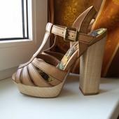 Крутые новые босоножки на толстом каблуке от Next, размер 38