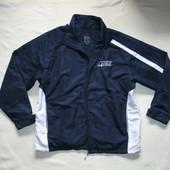 Фирменная куртка ветровка в идеале!