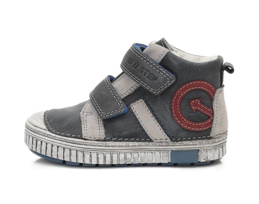 Демисезонные кожаные ботинки d.d.step фото №1