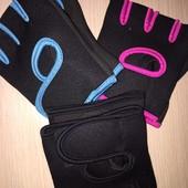 Перчатки для спорта/фитнеса, размер М