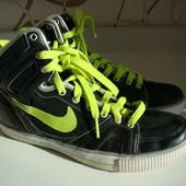 Ботинки Nike sensory motion system оригинал р.37,5 24,3 см по стельке
