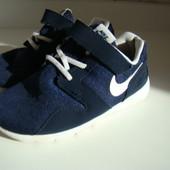 Кроссовки Nike оригинал р.27 16.8 см по стельке