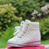 Ботинки сникерсы стеганые 2 цвета Т519